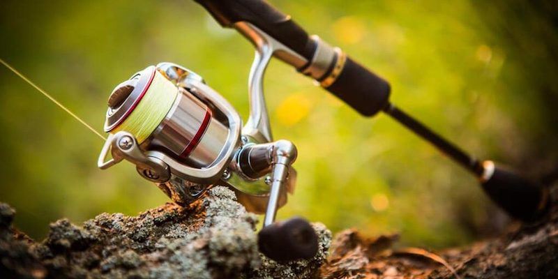 How To Set Up A Spinning Reel [Only 3 Simple Steps]